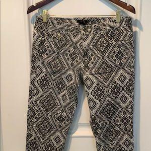 🛍 $10 patterned pants